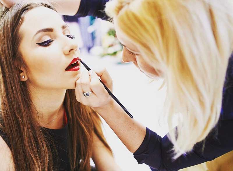 trajno šminkanje usana