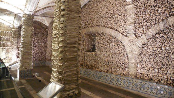 Portugal: Meditacija u kapeli od kostiju 1