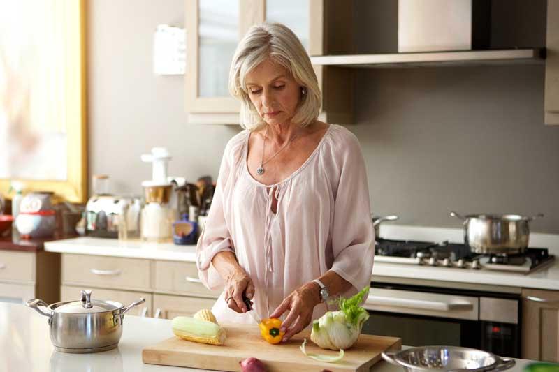 sprečiti opadanje kose u menopauzi